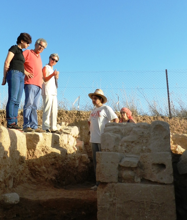 3. Rector visiting the excavations at Hadjiabdullah