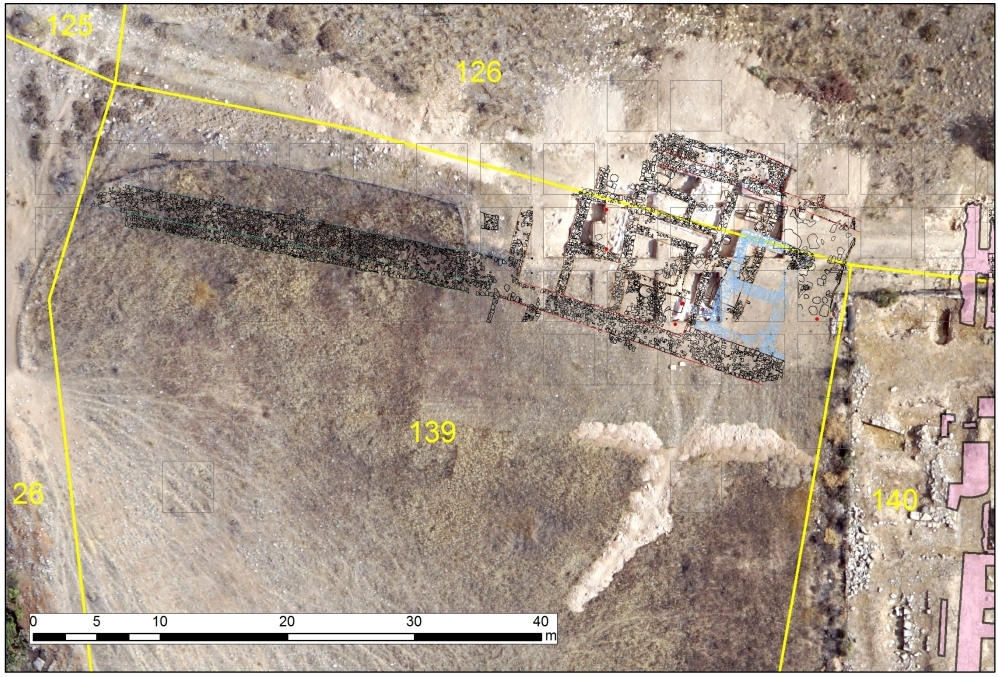 2. Plan and drawing of Hadjiabdullah's northern edge indicating the excavated complex